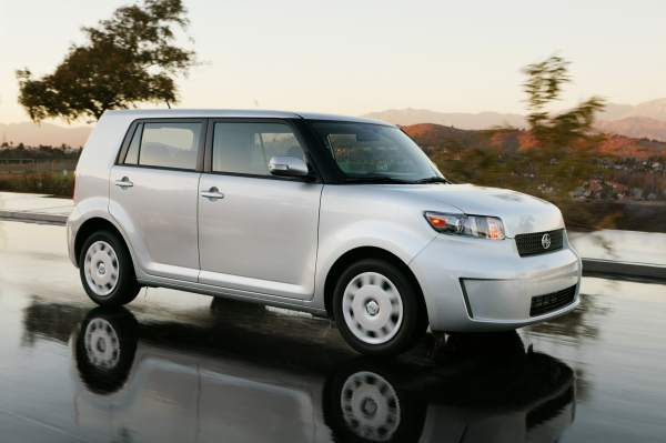 2008_scion_xb.jpg