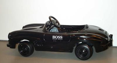 MB_pedal_car_Hugo_Boss.jpg
