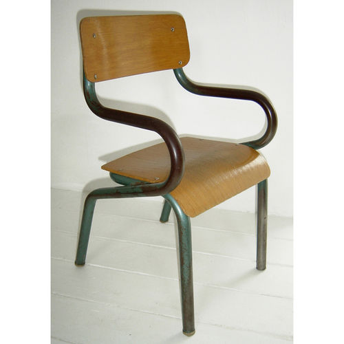 Ooh la la check out this chaise d 39 ecole de charivari - Chaise enfant accoudoir ...