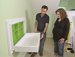 diytv_fold-down_changing_table.jpg