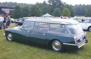 ds21_wagon_hemmings.jpg