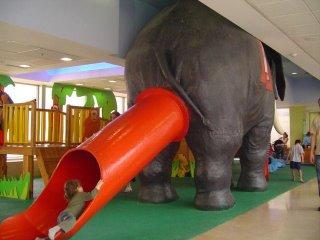 elephant_butt_slide_telaviv.jpg