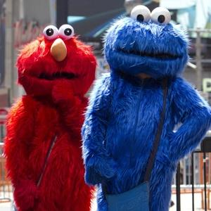 elmo_cookie_timesq_nyp.jpg
