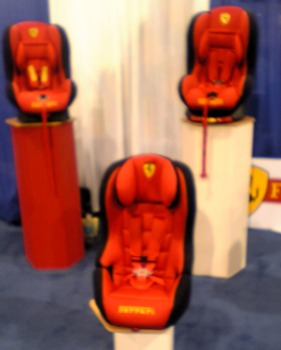 ferrari_carseats_team-tex.jpg