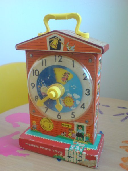 fisher-price_classic_clock.jpg