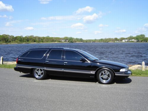 New Jersey's fine collection of Roadmaster Estate Wagons from 1996,