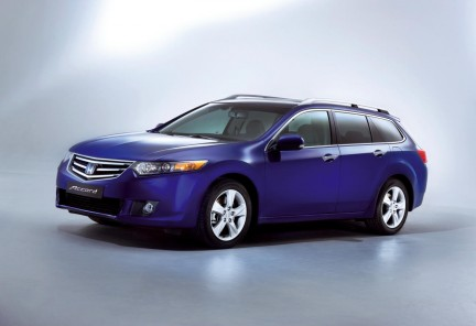 honda_accord_2008_wagon.jpg