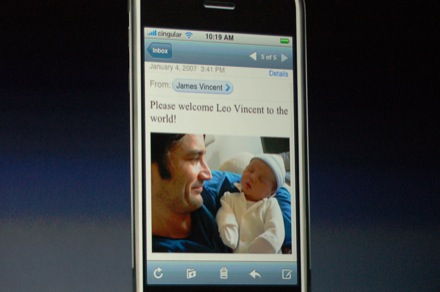 iphone_welcome_leo_vincent.jpg