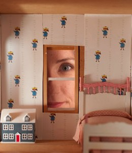 Charming Madeline Dollhouse Wallpaper