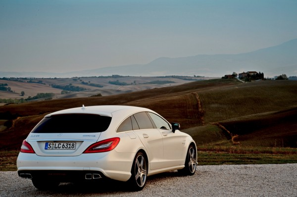 All together now the mercedes cls shooting brake is a for Mercedes benz cls station wagon