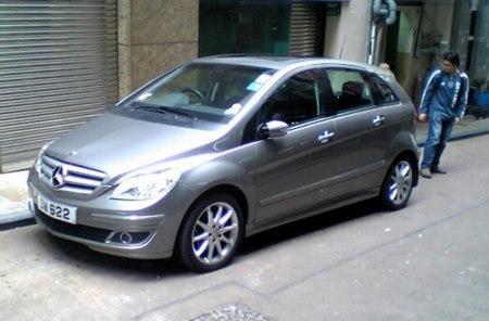 mercedes-bclass-hk.jpg