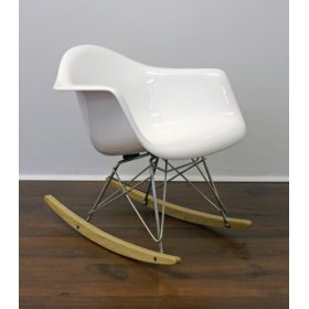 mini_eames_rar_photo.jpg