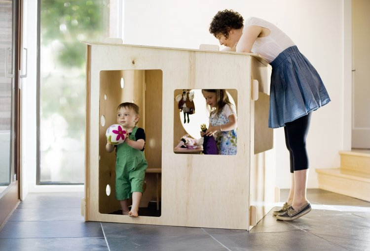 Puzzle house slot together playhouse for america daddy for Diy childrens indoor playhouse