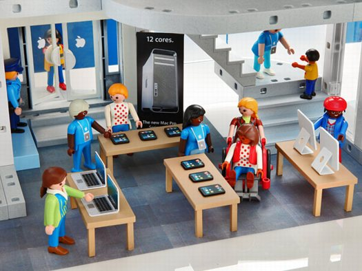Playmobil Apple Store At Thinkgeek Daddy Types