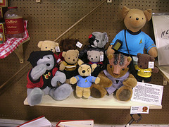 small_star_trek_bears_jlvoris.jpg