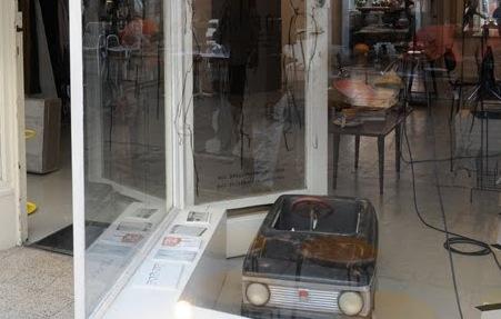 solarshop_pedal_car.jpg