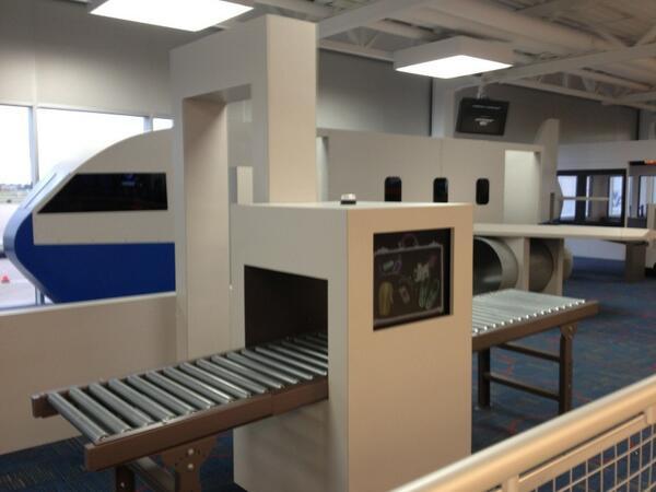 stlouis_airport_checkpoint_playground.jpg