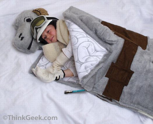 tauntaun-sleepingbag_thinkgeek.jpg