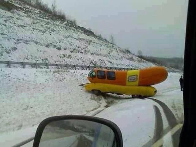 10 additionally Wienermobile say drive safely this thanksgiving further Salt Lake City Oscar And Snow further  on oscar mayer weinermobile snow