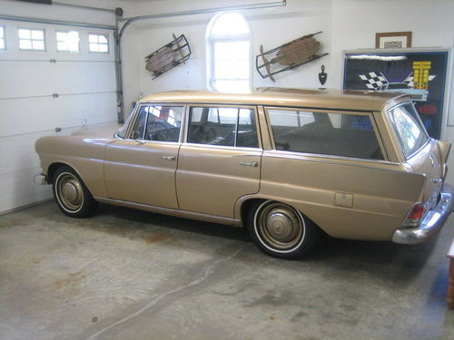 mb_200d_wagon_side.jpg