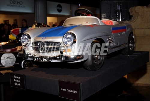 mbfw_james-gandolfini_pedal_car_wireimage.jpg