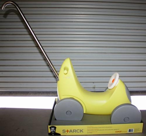 starck_target_toy_car.jpg