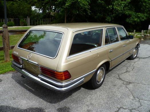 1973_450se_wagon_rearqtr.jpg