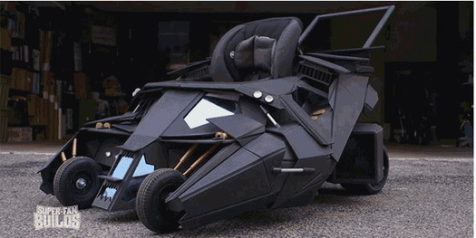 crazy_superfan_batmobile_stroller.jpg