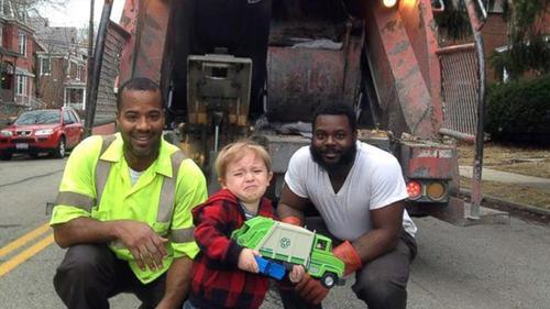 ollie_kroner_garbage_truck_heroes.jpg